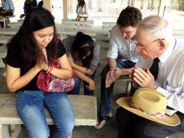 Praying with Faa